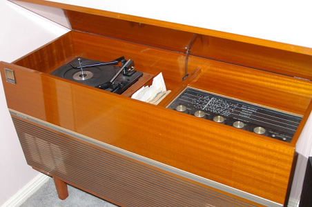 Note: This is an entirely different radiogram to the one that appeared in the Sea of Joy article