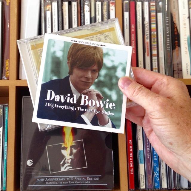 Bowie - Pye singles
