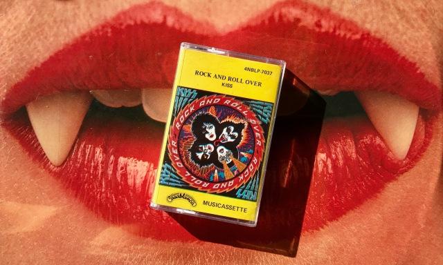 Kiss cassette